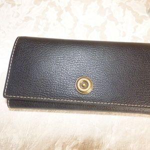 Ralph Lauren Millbrook Flap Continental Wallet